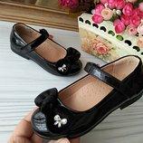 Туфли чёрные для девочки лакированные кожаные фирмы сказка р-р 25-30