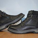 Зимние кожаные ботинки на цигейке .