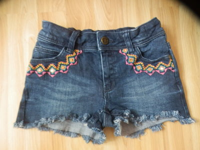ирменные джинсовые шорты m&s малышке 4-5 лет состояние новых