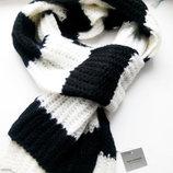 Мягкий теплый шарф Terranova