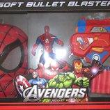 Набор маска, бластер, фигурка Человек-Паук