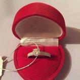 Шикарное кольцо с покрытие родий и камнями
