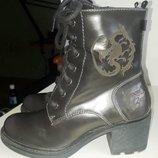 Демисезонные ботинки р. 37, 23. 5 см с Драконом Disney