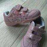 Кожаные кроссовки Clarks с мигалками отл.сост, 13,5см