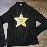 Черный стильный женский свитер со звездой с паеток