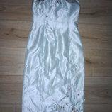 Нарядное бирюзовое платье с вышивкой и стразами oasis