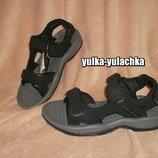 Мужские сандалии в спортивном стиле Черные