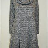 Платье в рубчик с объемным воротом Boohoo