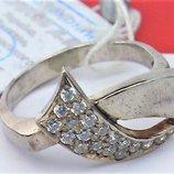 Кольцо перстень новое серебро 925 проба 3,46 грамма размер 17