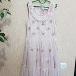 Очень красивое , нежное праздничное платье с паетками Next