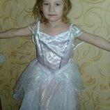 Карнавальное платье Снежинка на 8-9лет.