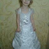 Карнавальное платье Снежинка на 7-8лет.
