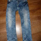 next Стрейчевые джинсы Некст на 2-3 года, сделаны в Бангладеш