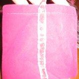 рожевий бархатний подарунковий пакунок