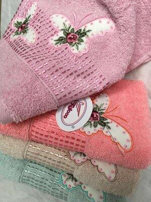 Полотенца махровые, банные и лицевые