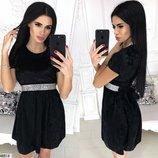 Бархатное черное короткое платье