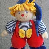 Игрушка-Подвеска мягкая музыкальная Клоун в коляску или кроватку от Sterntaler