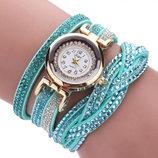 Модные стильные женские часы-браслет