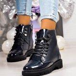 Ботинки, натуральная кожа и лак, деми и зима, синие
