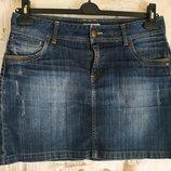 Классная,стильная,джинсовая юбка. На бирке- 12 р-р 46 .