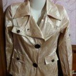 Стильная куртка-ветровка с вышивкой. р-р 44-46.