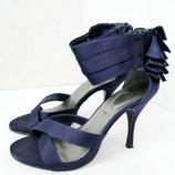 Элегантные брендовые босоножки new look темно-синего цвета.размер 5/38.