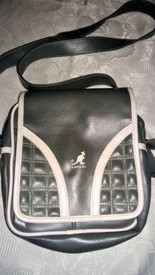Модная сумка от бренда Kangol.Оригинал