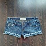 Размер S Стильные фирменные джинсовые шорты с вышивкой