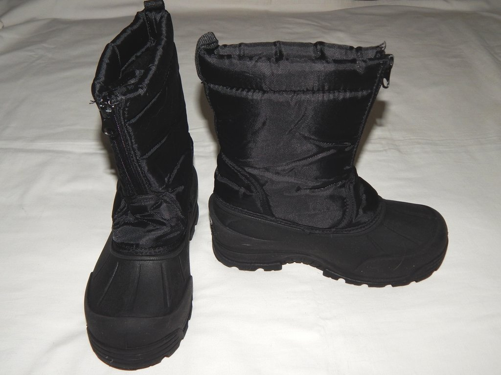 Демисезонные непромокаемые ботинки Northside. Размер 1.: 250 грн - демисезонная обувь northside в Запорожье, объявление №20010021 Клубок (ранее Клумба)
