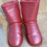 Розовые кожаные угги UGG Australia