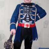 Костюм пирата зомби.