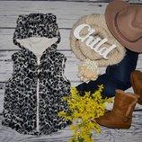 4 - 5 лет 104 - 110 см обалденная модная фирменная красивая теплая жилетка жилет меховушка с ушками