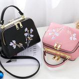 Женская сумка с вышивкой, 4 цвета