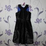 красивое нарядное платье F&F ткань с переливом сзади на молнии