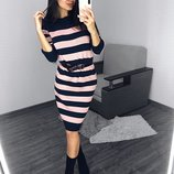 Стильное платье в полоску разные цвета
