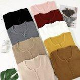 Кофточки на мелких пуговицах 42-44, цвета разные