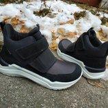 Новые демисезонные ботинки хай-топы Ecco Inter vein Goretex. разм.30-32