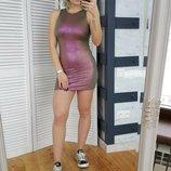 Переливающееся платье с открытой спиной