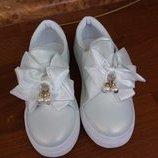 Кроссовки, слипоны, мокасины, нарядные туфли Eva Moda Венгрия