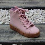 Замшевые демисезонные ботинки розовые, серые Польша
