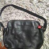 Класнючая кожаная сумка Bally оригинал
