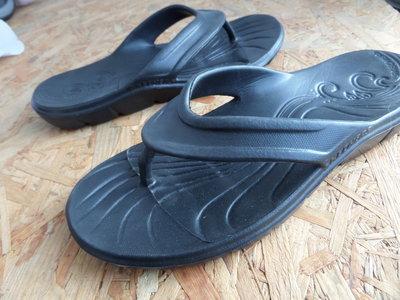 0398508e5303 Вьетнамки шлепанцы Skechers размер 38-39- длина стельки-25 см. Previous Next