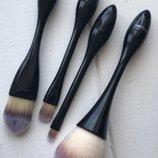Набор кисточек для макияжа на подставке 5 инструментов maxmar