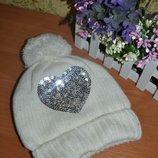 Шапка 2-4 года, зимняя шапка, шапка с бубоном, шапка для девочки, шапка на флисе, белая шапка, шапка