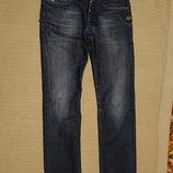 Узкие прямые темно-синие джинсы с выбеленностями и потертостями G-Star Raw Голландия 29/32 р.