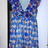 Очень красивое синее платье в птицах