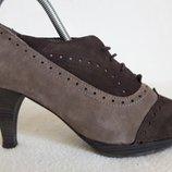 Шикарные замшевые туфли, ботильоны оксфорды фирмы Calcats Padevi Испания р. 38 стелька 24,5 см