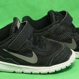 Кроссовки Nike Размер 26