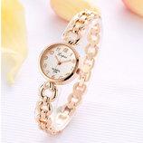 Стильные модные нежные женские часы Lvpai
