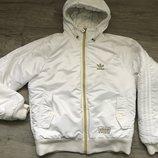 теплая куртка Adidas, S-М